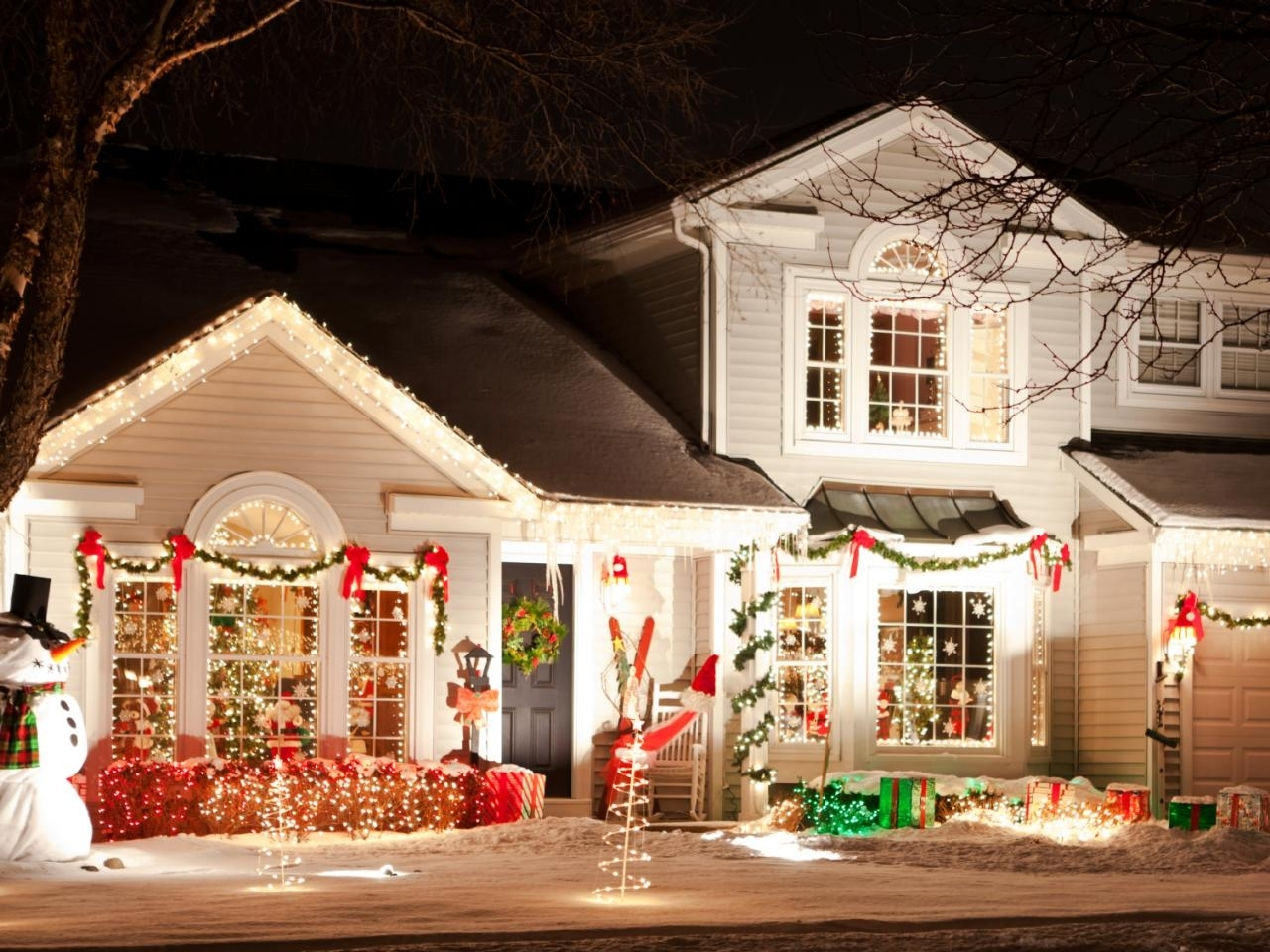 Holiday Safety Tips | Advice, Christmas Lights And Decoration With Hanging Outdoor Christmas Lights Around Windows (#10 of 15)