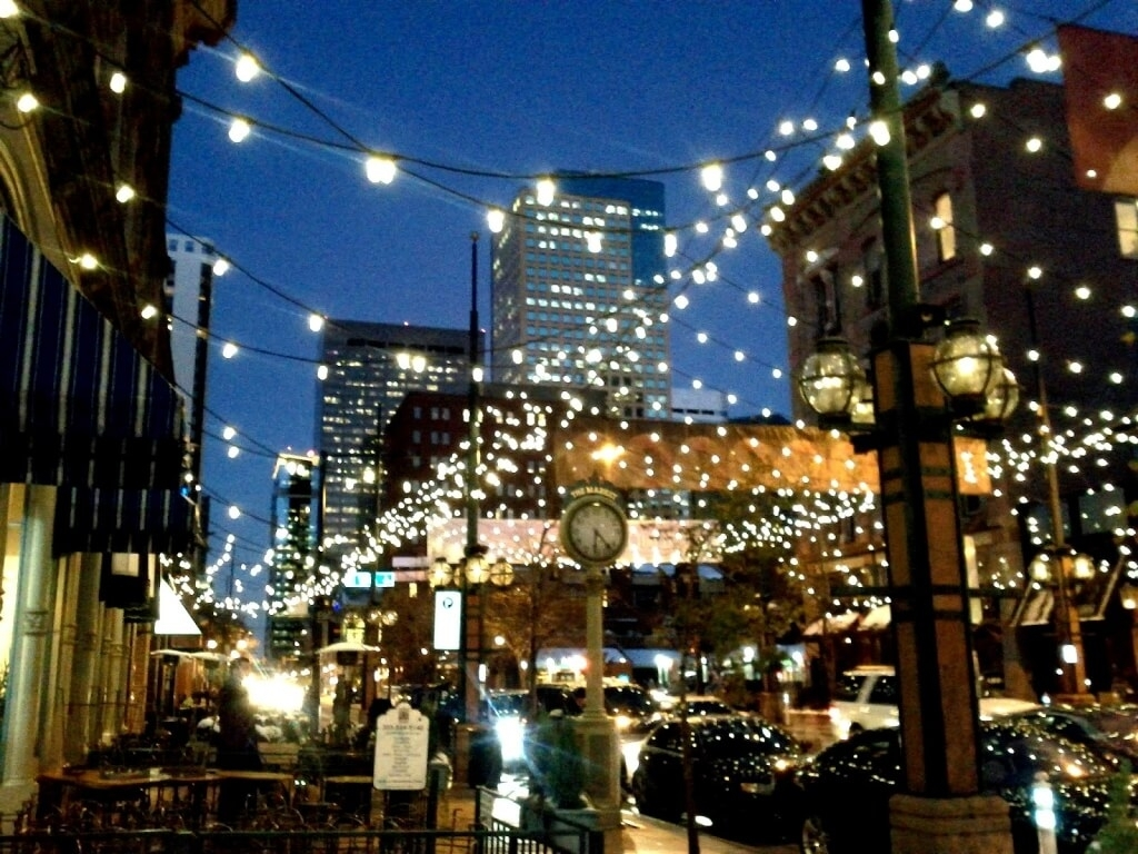 Home Decoration: Terrific Hanging String Lights For Public Space And For Modern Outdoor String Lights (#5 of 15)