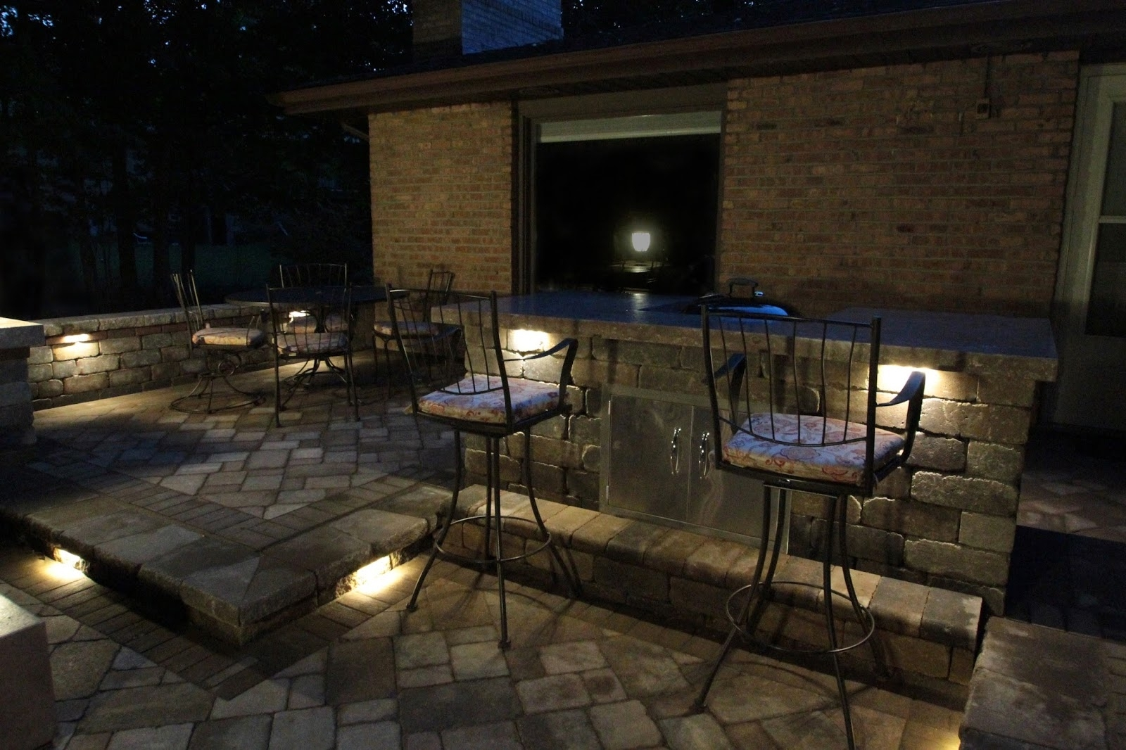 Landscape Lighting: The Benefits Of Led Landscape Lighting: Installation Throughout Low Voltage Outdoor Lighting (#7 of 15)