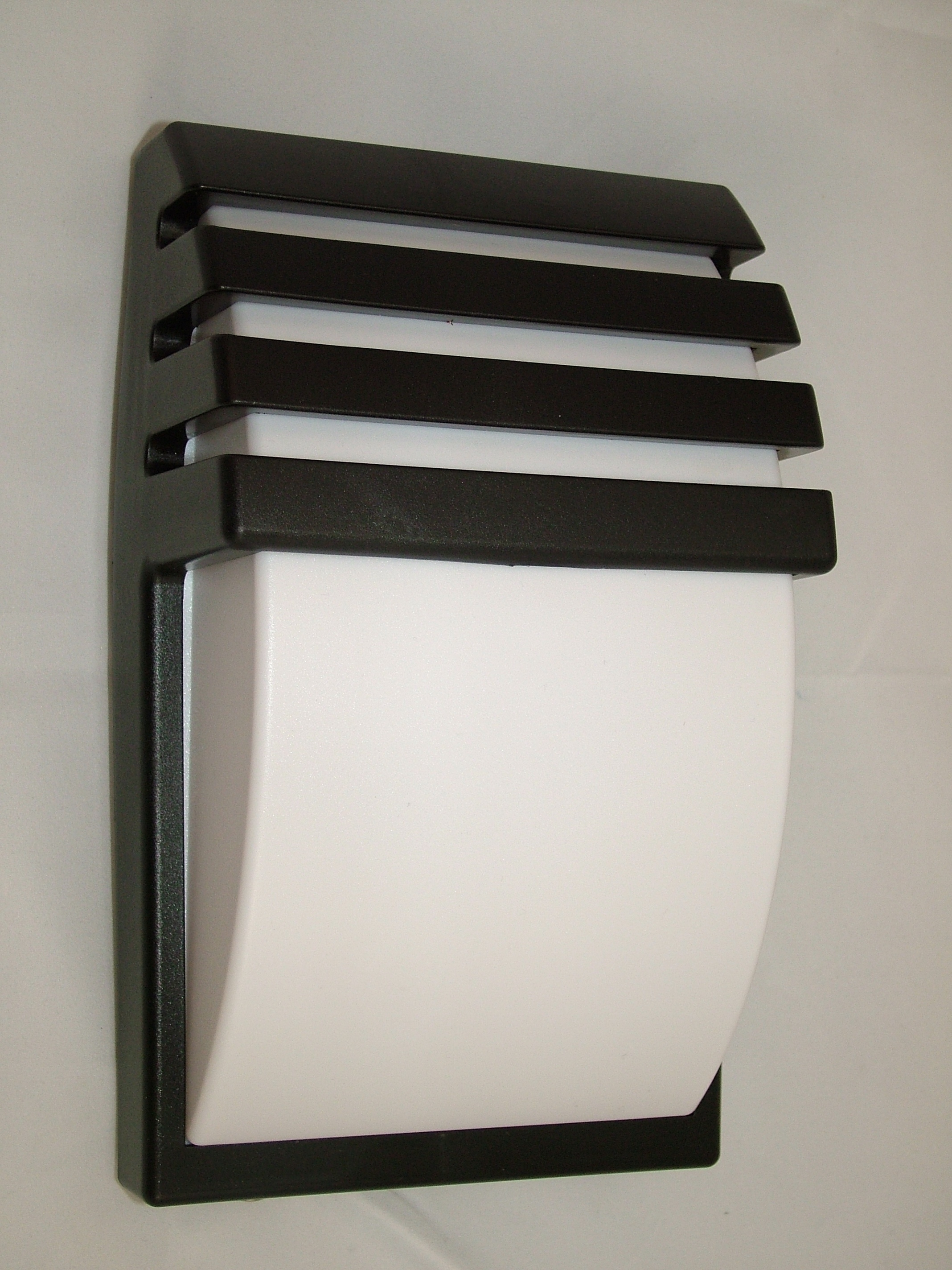 Large Outdoor Modern Wall Mounted Lighting Fixtures With Black Within Outdoor Wall Mounted Led Lighting (#4 of 15)