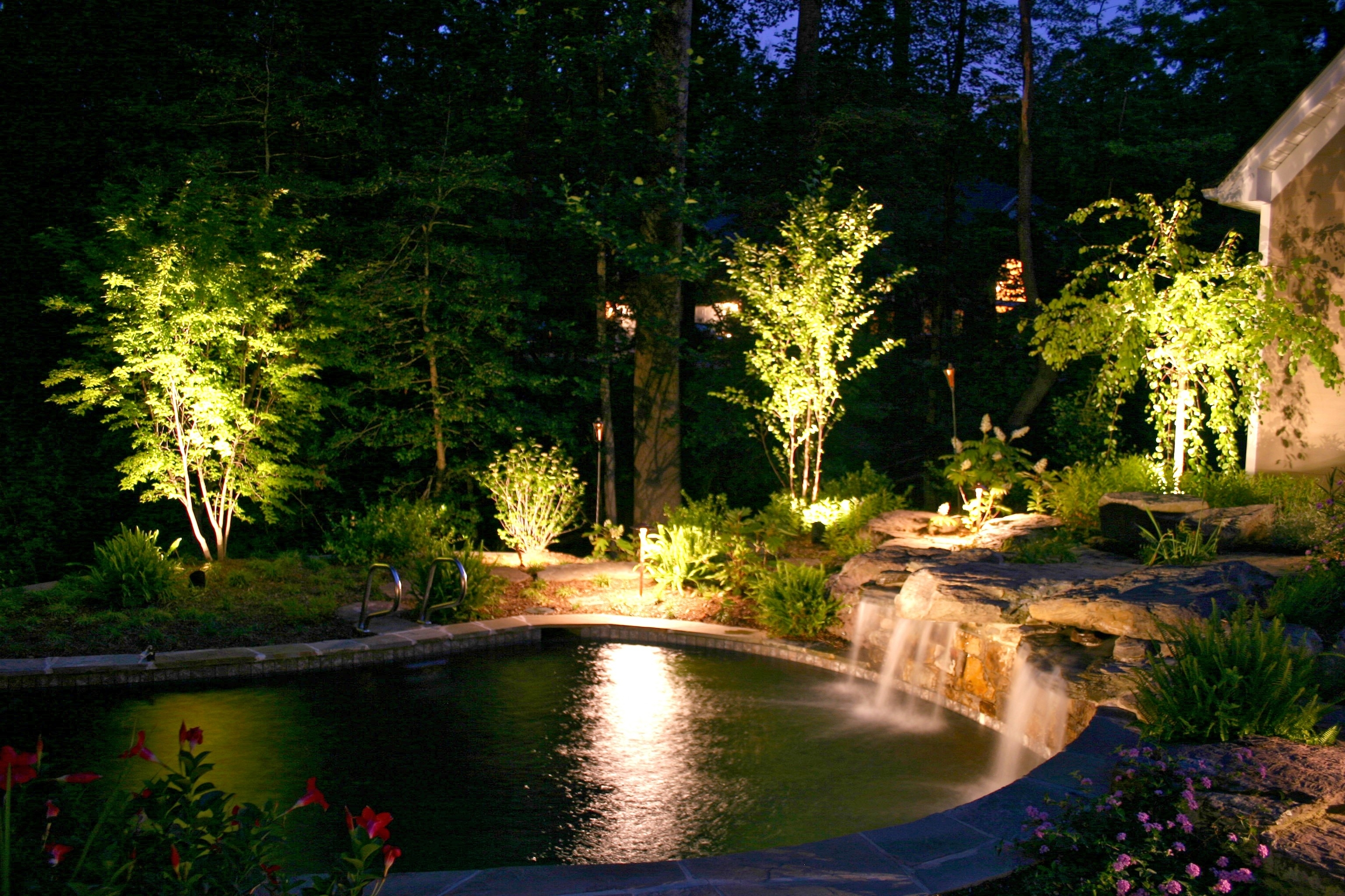 Lawn Garden Lamps Lighting Dazzling Lights Decoration With Decorated In Electric Outdoor Lighting Garden (View 1 of 15)
