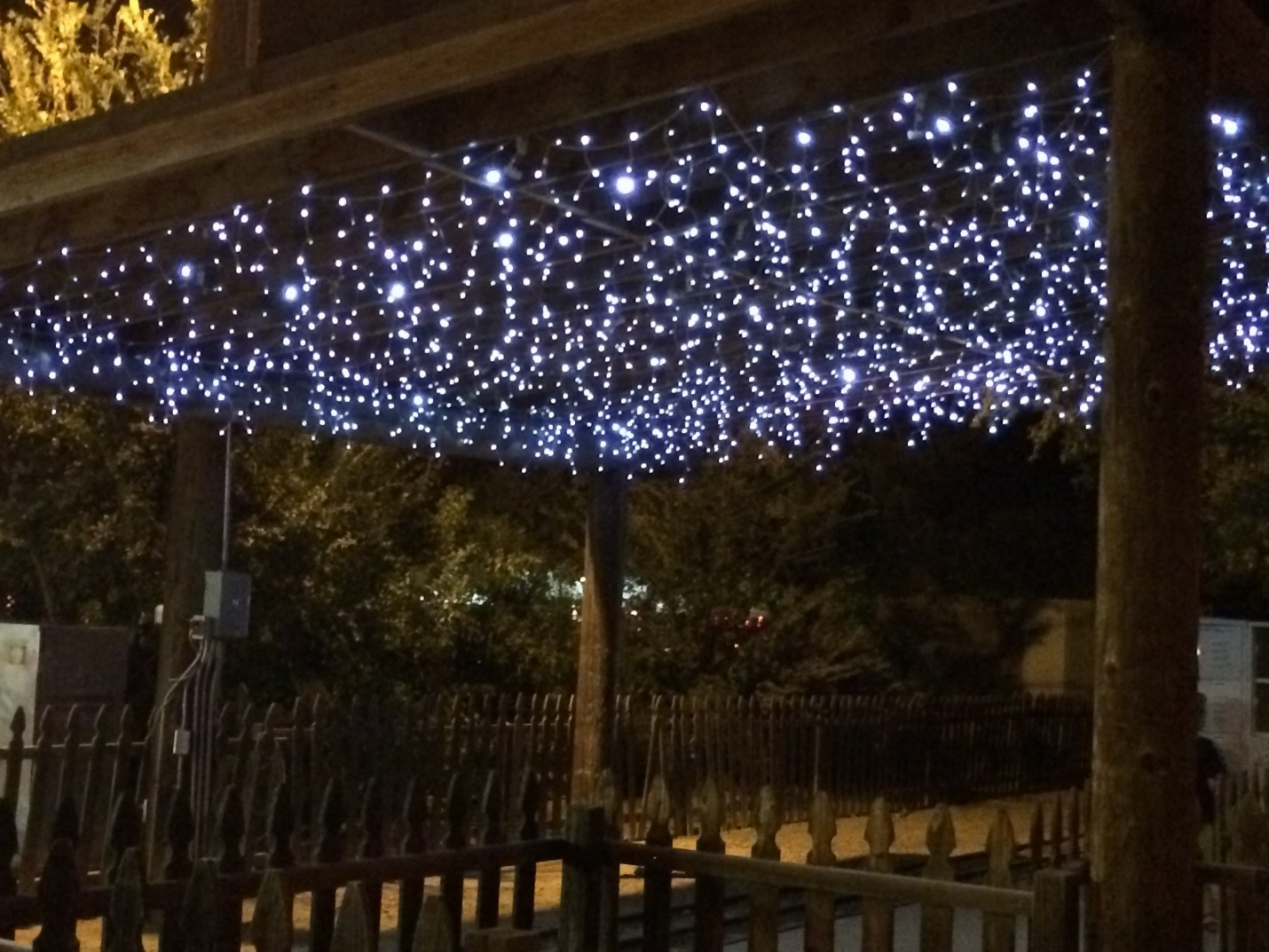 Lighting Ideas From Commercial Christmas Decorations With Regard To Outdoor Hanging Icicle Lights (#13 of 15)