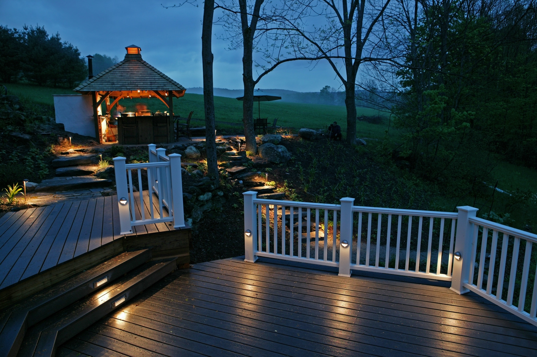 Low Voltage Deck Lighting Exterior — Jbeedesigns Outdoor : Low Throughout Modern Garden Low Voltage Deck Lighting (#9 of 15)