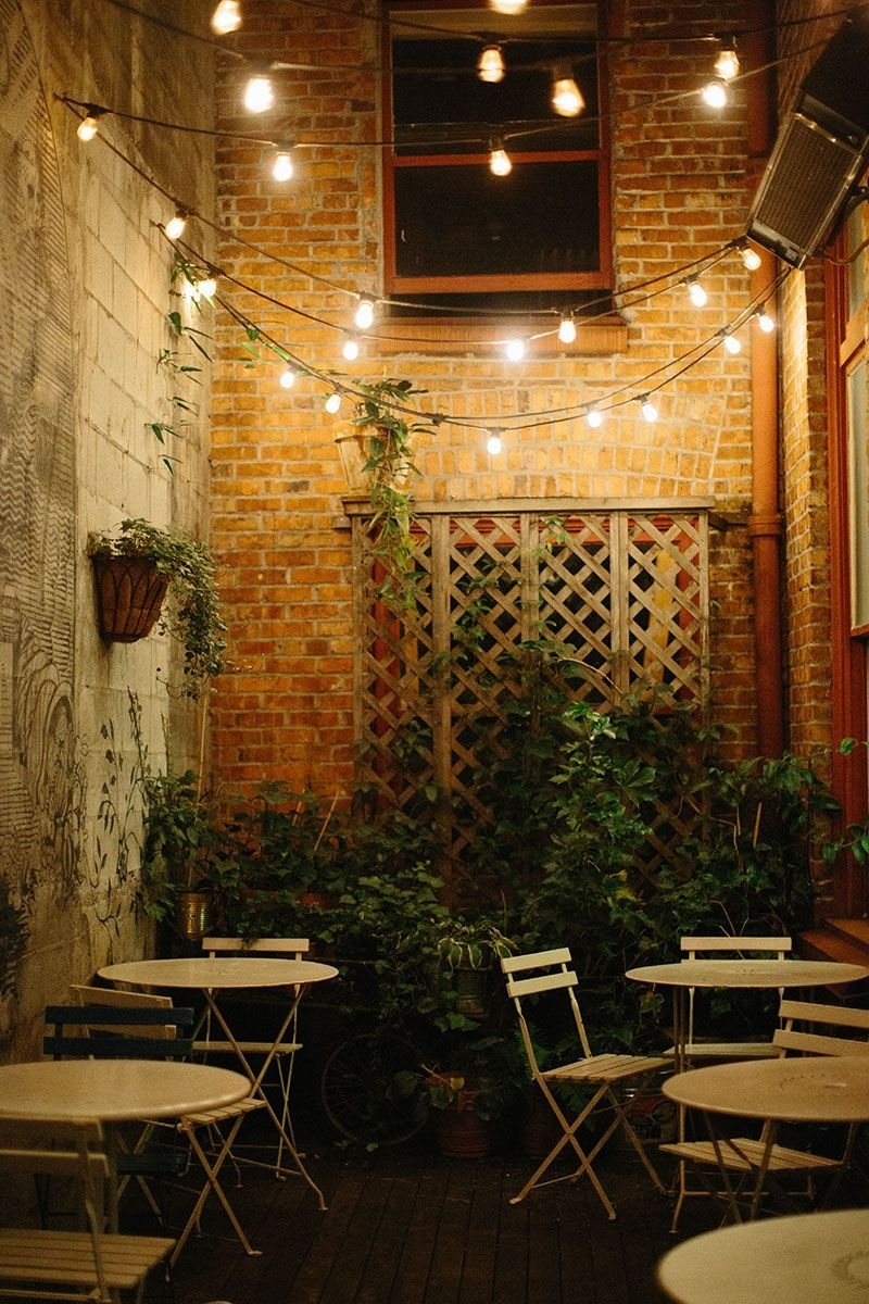 Oddfellows In Seattle | Seattle, Cafes And Patios With Hanging Outdoor Cafe Lights (#9 of 15)