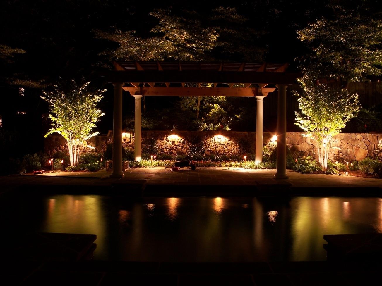 Outdoor Dining Space Lighting Fixtures With Landscape Spotlights Regarding Outdoor Rock Wall Lighting (#10 of 15)