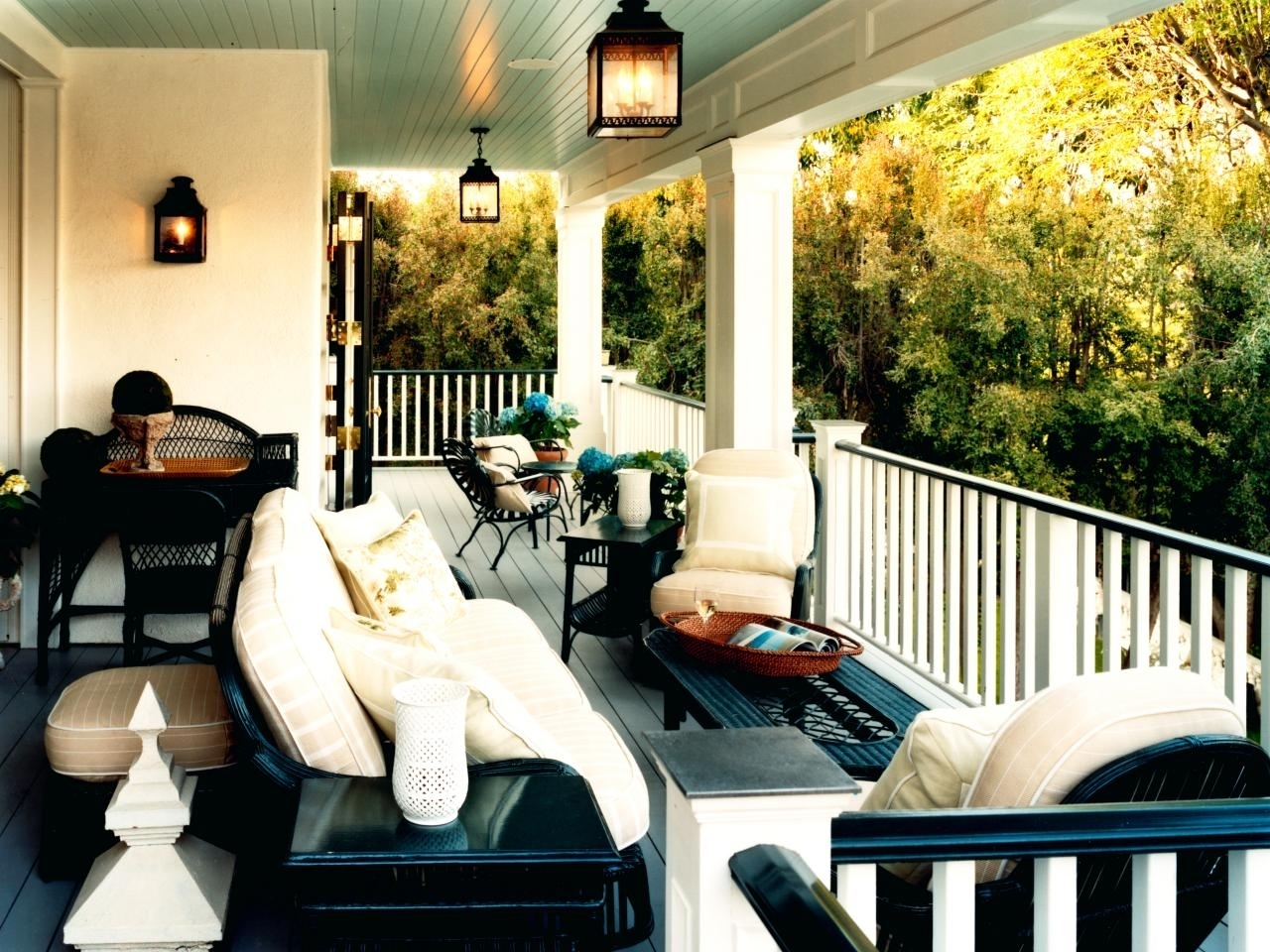 Outdoor Front Porch Ceiling Lights Throughout Outdoor Front Porch Ceiling Lights (#9 of 15)