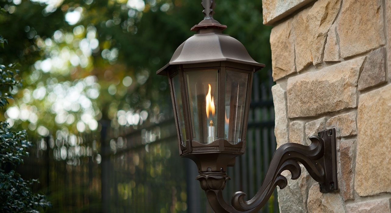 Outdoor Gas Lantern, Next To Or Hanging Above Front Door (View 12 of 15)