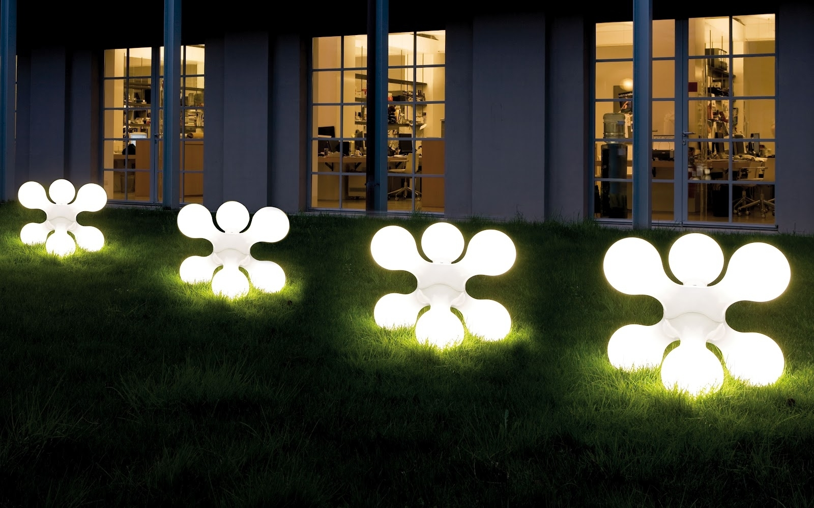 Solar Outdoor Lights Unique Ideas For Creative Landscaping Ward Pertaining To Solar Outdoor Lighting (View 5 of 15)