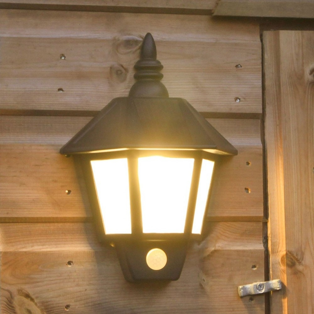 Solar Powered Outdoor Wall Light With Pir Outdoor
