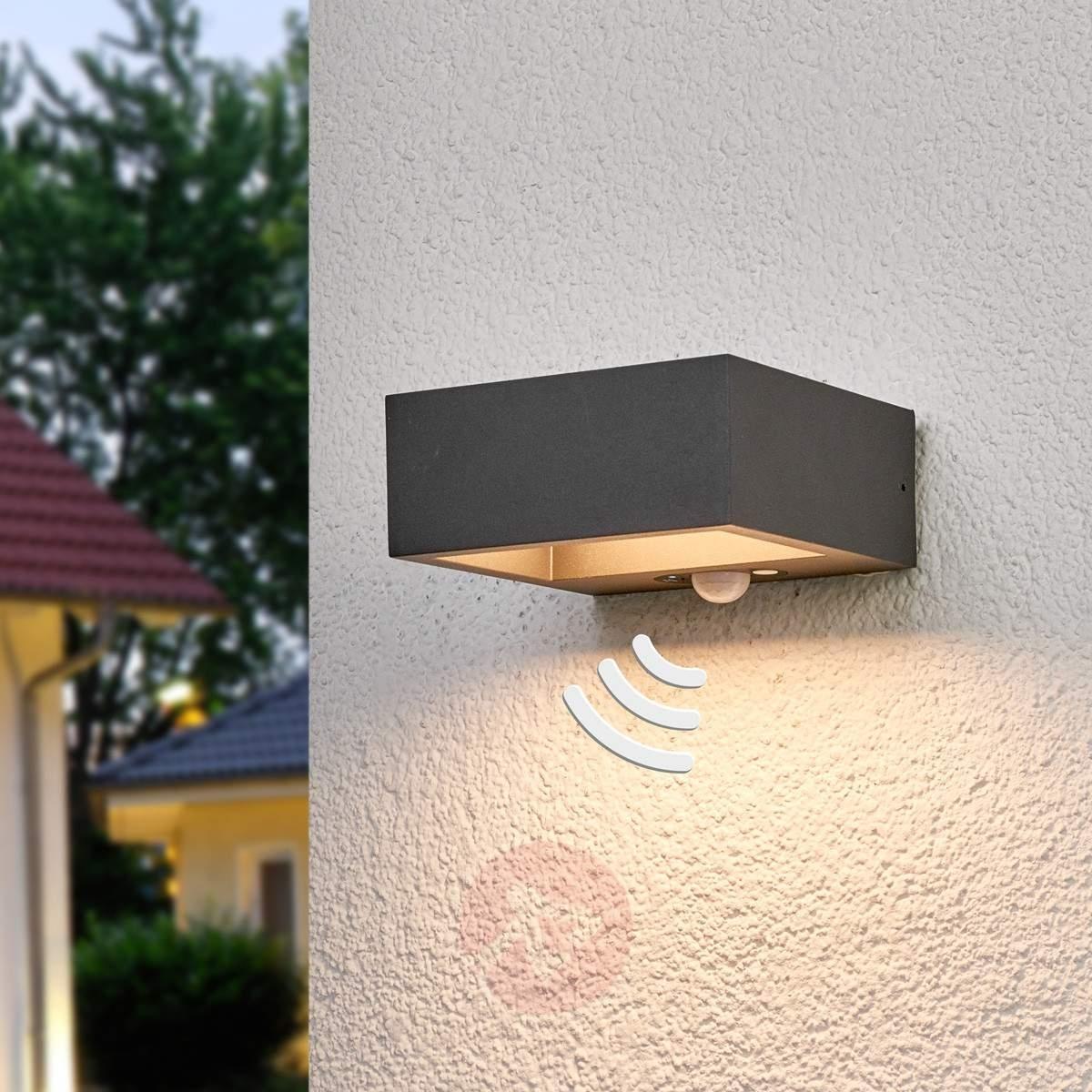 Solar Powered Led Outdoor Wall Light Mahra, Sensor | Lights (#15 of 15)