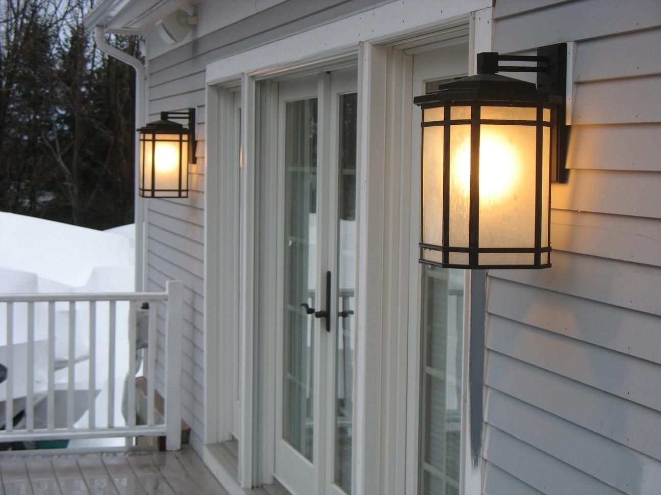 Wonderful Large Outdoor Light Fixtures Extra Large Exterior Wall Inside Extra Large Outdoor Wall Lighting (View 13 of 15)