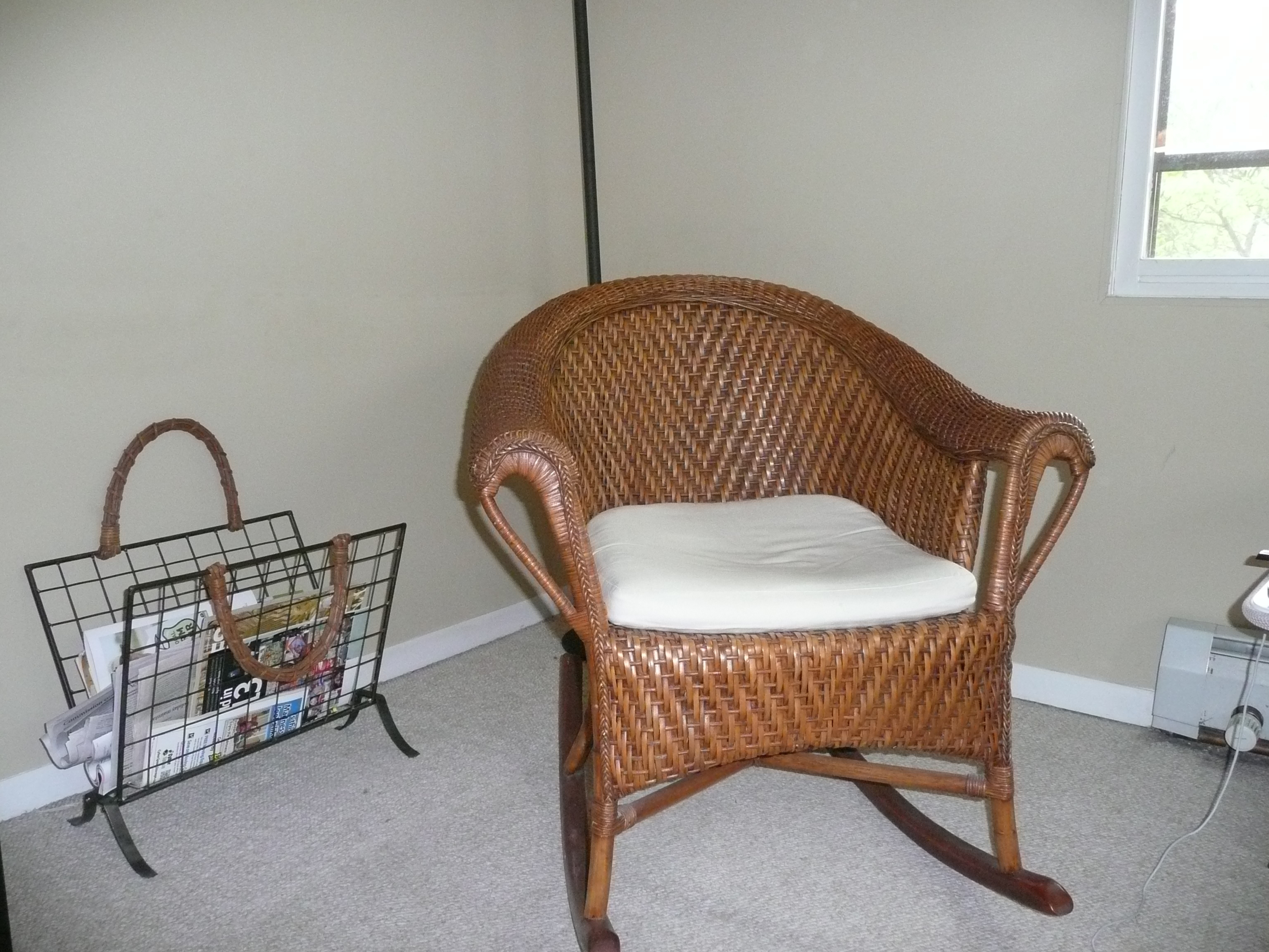 Antique Wicker Rocking Chair With Springs | Best Home Chair Decoration Within Antique Wicker Rocking Chairs With Springs (#9 of 15)