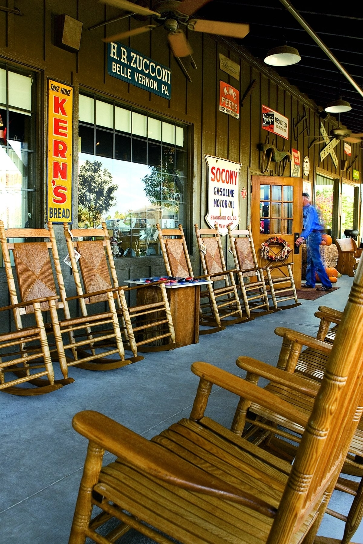 Cracker Barrel To Donate Rocking Chairs To Military Families Inside Rocking Chairs At Cracker Barrel (#6 of 15)