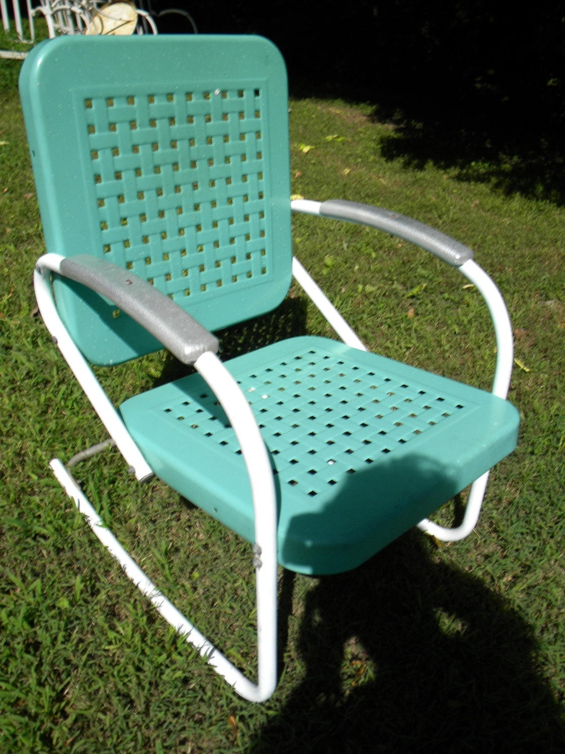 Metal Porch Rocking Chairs | Sevenstonesinc Within Retro Outdoor Rocking Chairs (#7 of 15)