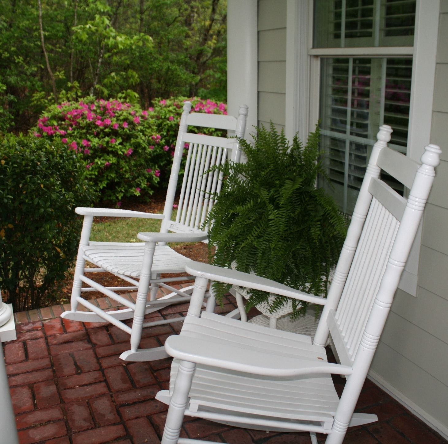 Outdoor Front Porch Rocking Chairs Patio Furniture Lighting Shades Inside Rocking Chairs For Porch (View 8 of 15)