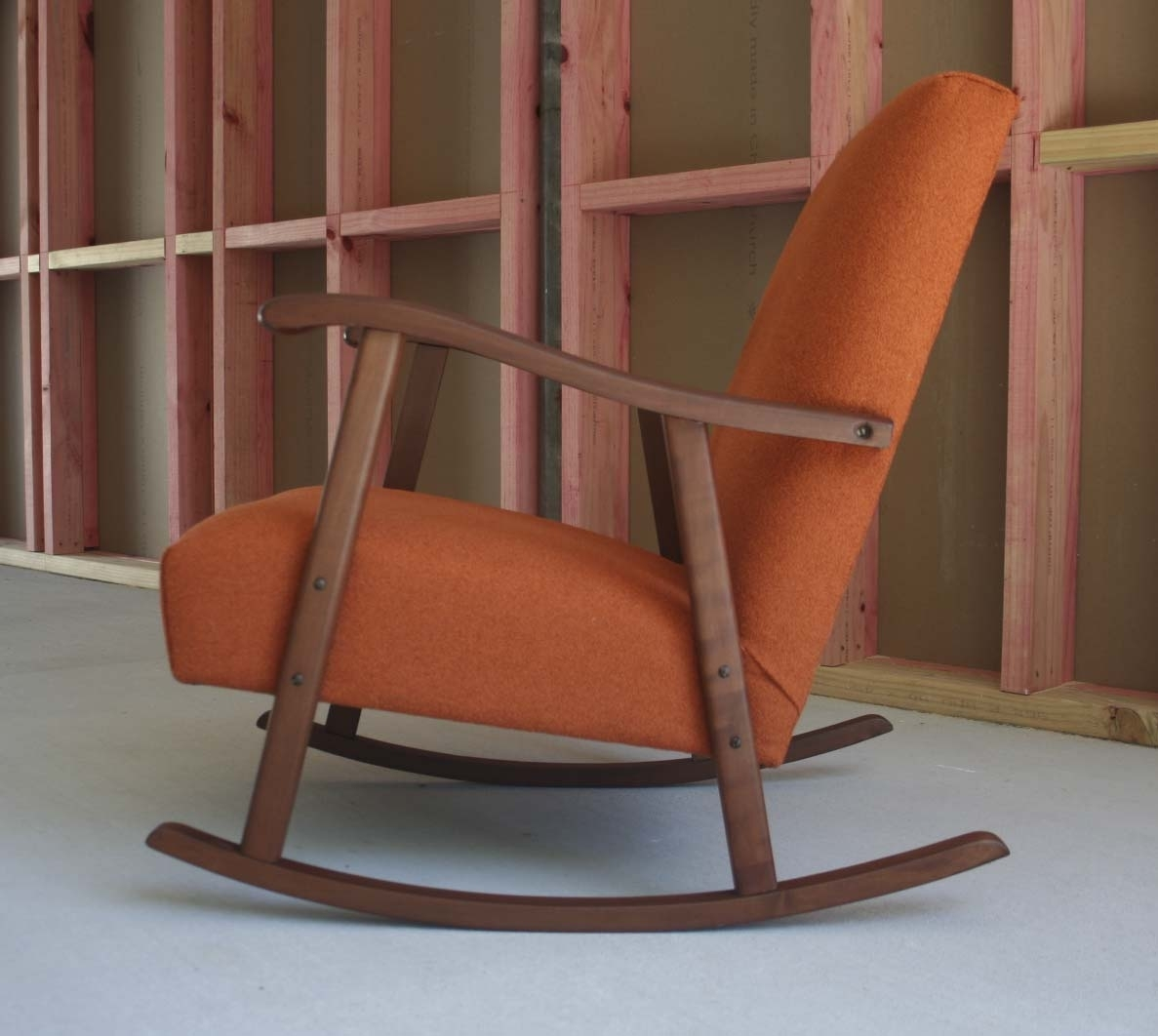 Inspiration about Retro Rocking Chairs | Zelfaanhetwerk Pertaining To Retro Rocking Chairs (#1 of 15)