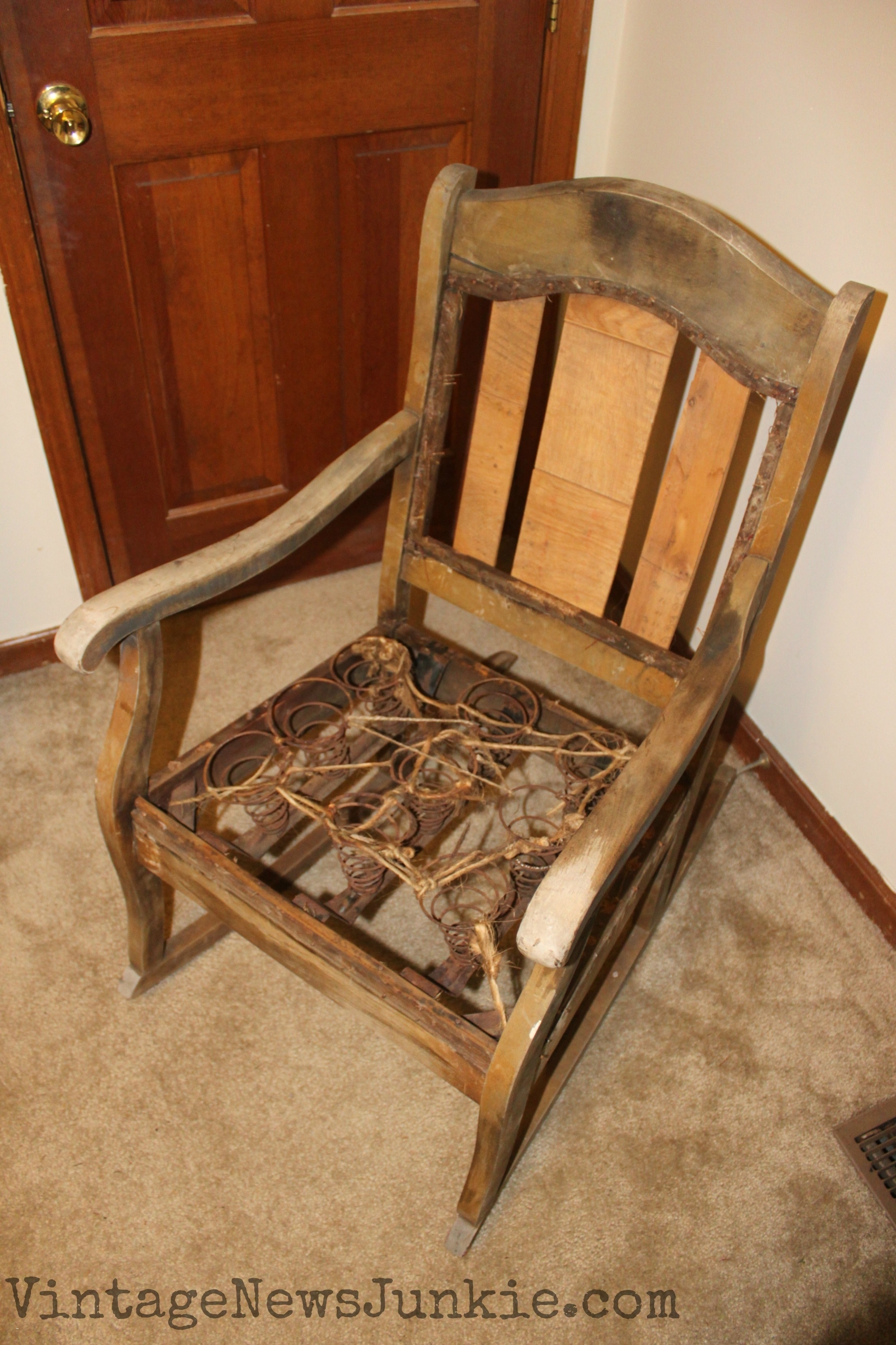 Upholstered Rocking Chairs New Reupholster Chair Seat With Springs Inside Rocking Chairs With Springs (View 15 of 15)