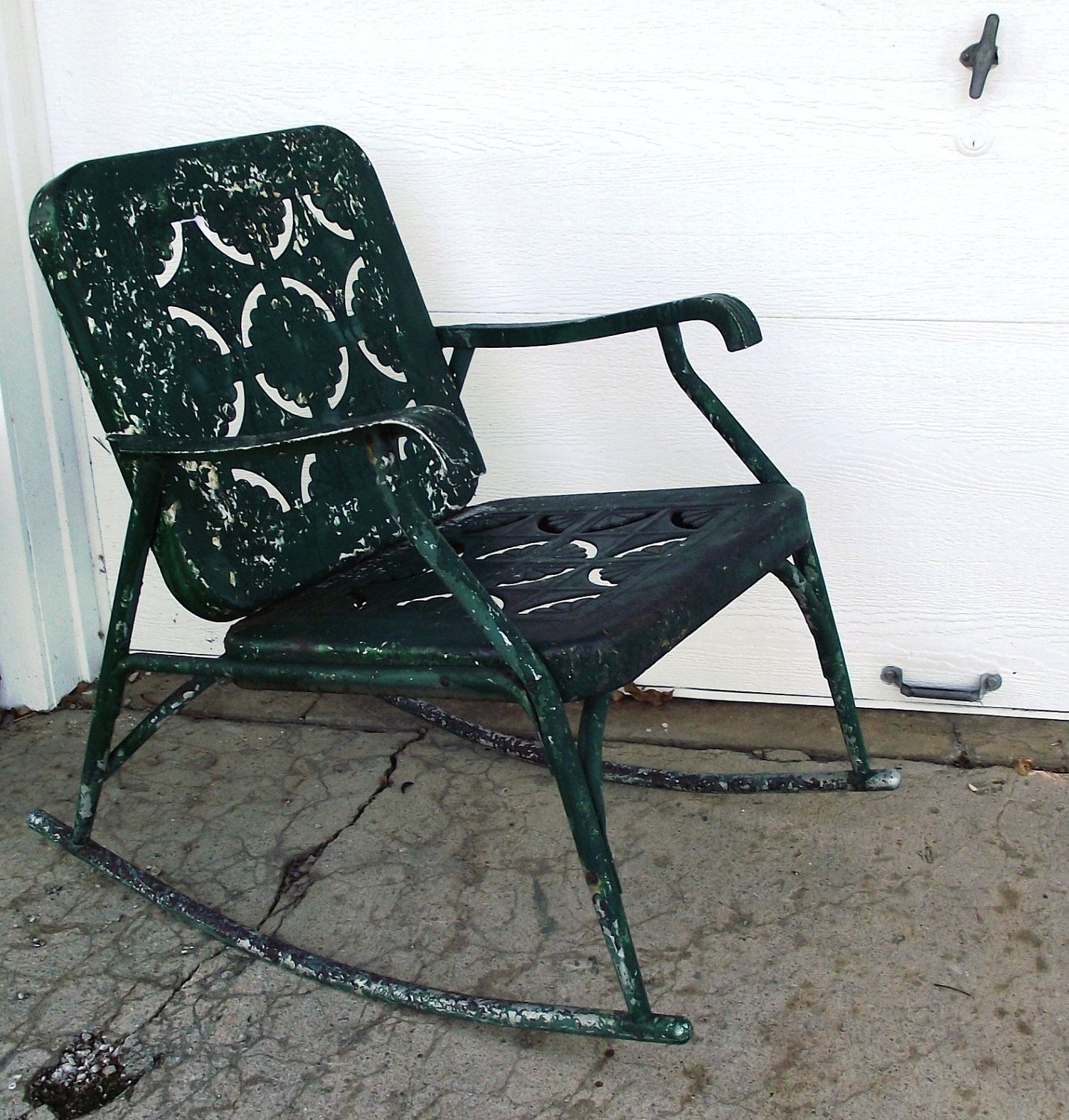 Vintage Garden Green Metal Rocking Chair Cutoutjodysvintage In Vintage Metal Rocking Patio Chairs (View 11 of 15)