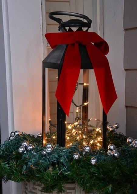 Inspiration about 26 Super Cool Outdoor Décor Ideas With Christmas Lights – Digsdigs In Outdoor Xmas Lanterns (#8 of 15)