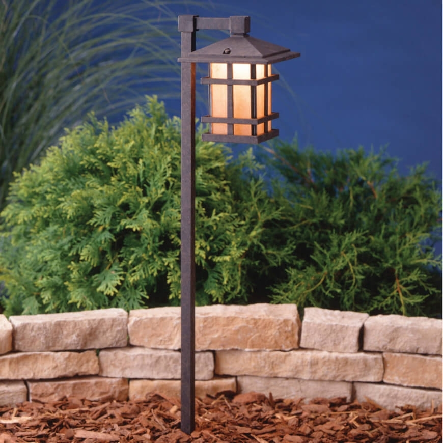 75 Brilliant Backyard & Landscape Lighting Ideas (2018) Intended For Outdoor Low Voltage Lanterns (#1 of 15)