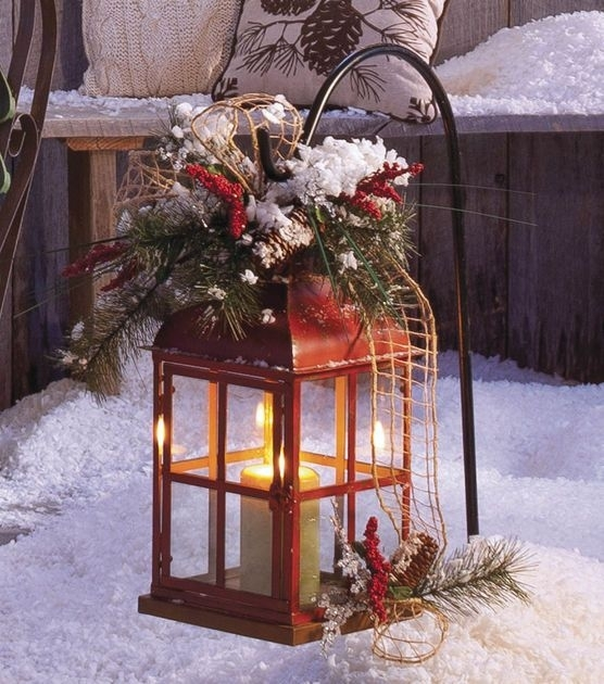 A Lantern Makes A Pretty Outdoor Holiday Decoration Pertaining To Outdoor Holiday Lanterns (View 6 of 15)