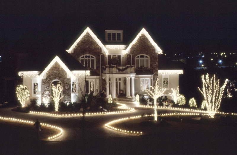 Popular Photo of Outdoor Christmas Rope Lanterns