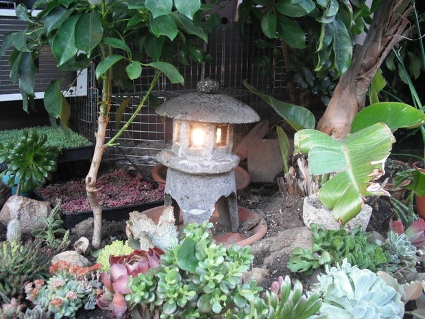 Make A Japanese Garden Lantern Out Of Hypertufa: 4 Steps (With Pictures) Throughout Outdoor Oriental Lanterns (#10 of 15)