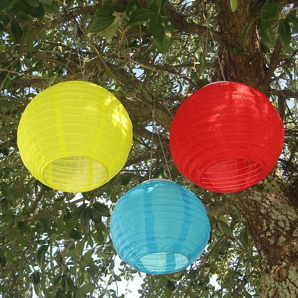 Popular Photo of Outdoor Chinese Lanterns For Patio