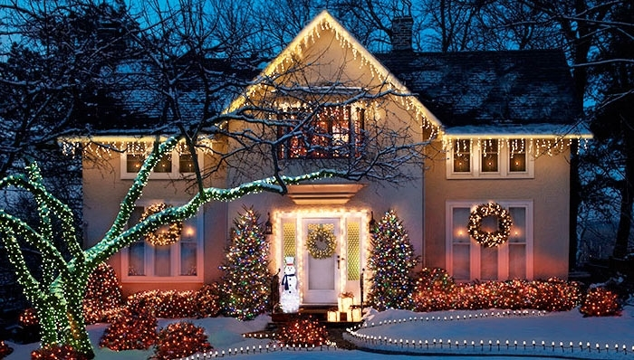 Outdoor Holiday Lighting Ideas In Outdoor Xmas Lanterns (View 12 of 15)