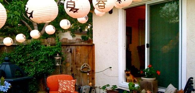 Outdoor Lanterns: Some Popular Styles « Bombay Outdoors For Outdoor Paper Lanterns For Patio (View 2 of 15)