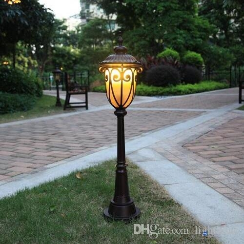 Outdoor Lawn Lamps European Classic Noble Style Thick Waterproof With Regard To Outdoor Lawn Lanterns (View 13 of 15)