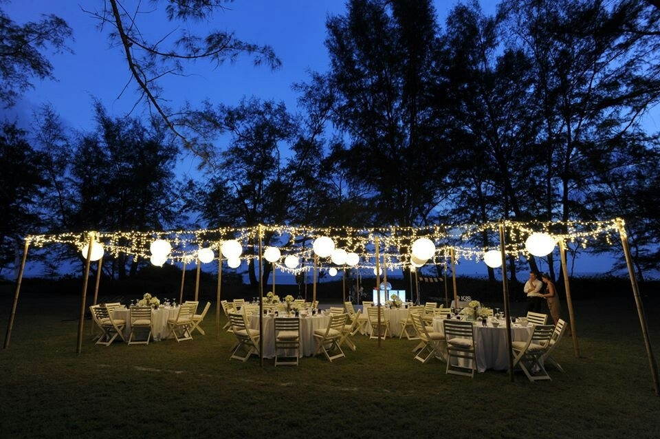Outdoor Lawn Wedding Dinner Reception Under The Stars, Fairy Lights For Outdoor Lawn Lanterns (View 9 of 15)