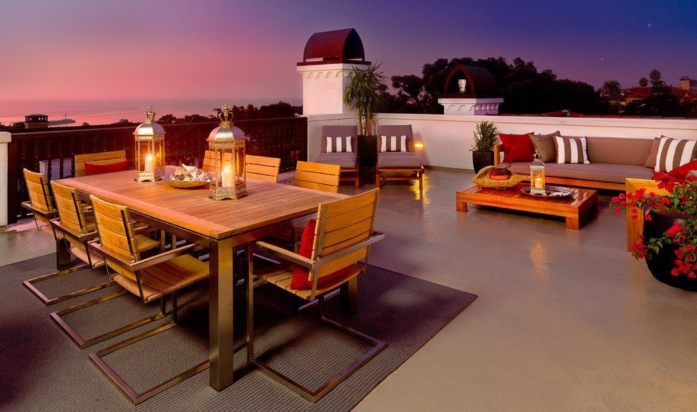 Scandinavian Outdoor Dining Patio Modern With Exterior Lantern Metal With Regard To Outdoor Dining Lanterns (View 2 of 15)