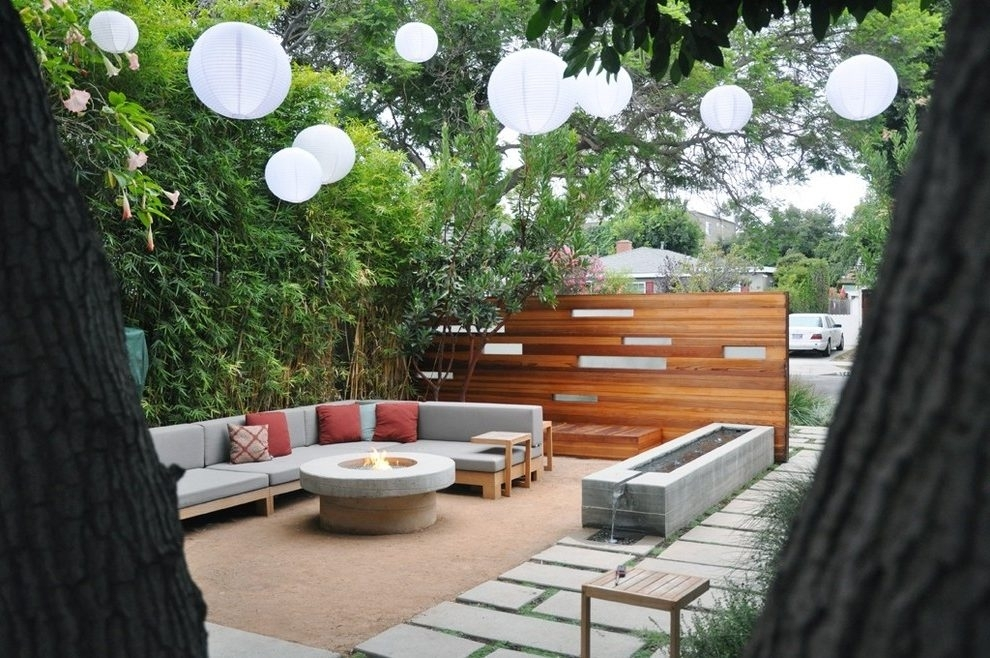 String Paper Lantern Patio Mediterranean With Shrubs Contemporary With Outdoor Paper Lanterns For Patio (View 12 of 15)