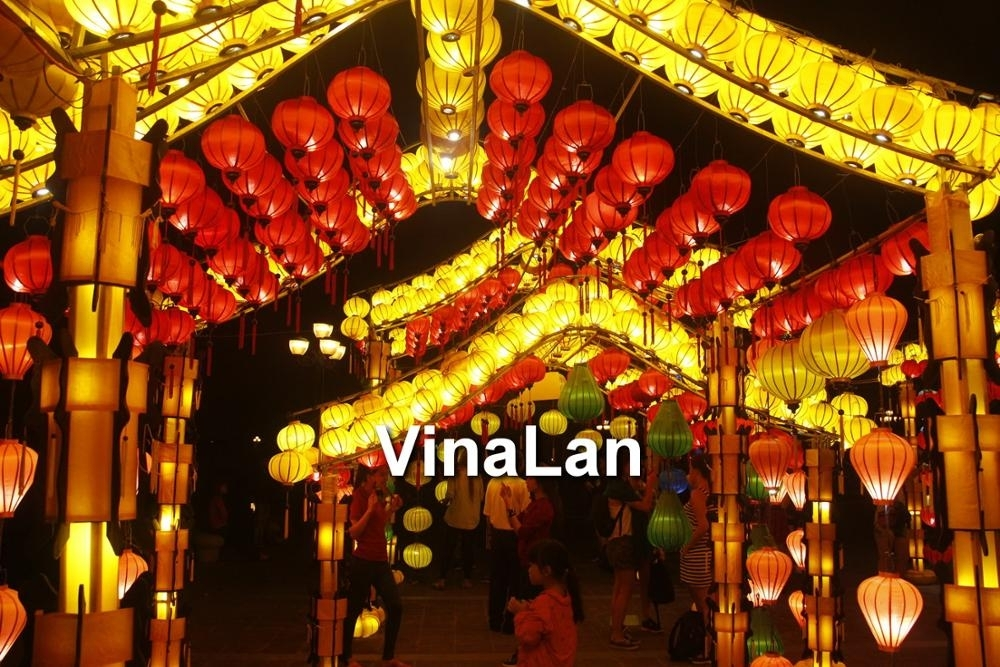 Vietnamese Lanterns For Outdoor Event Decorations – Lanterns For For Outdoor Vietnamese Lanterns (#10 of 15)