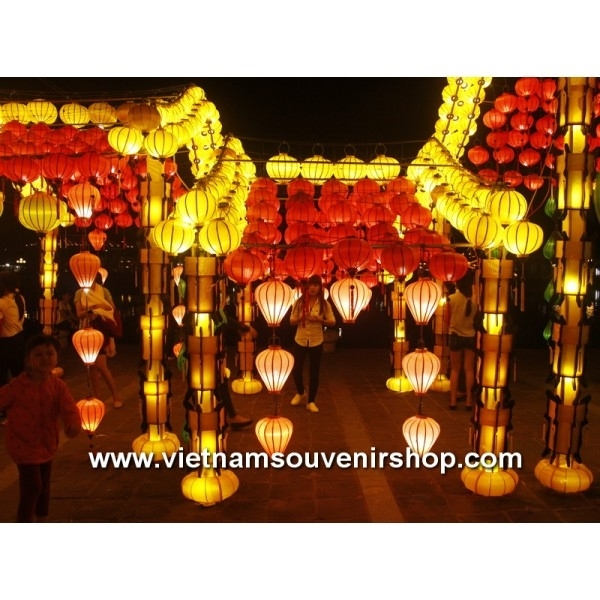 Vietnamese Silk Lanterns For Wedding Decoration – Lanterns For Intended For Outdoor Vietnamese Lanterns (View 10 of 15)