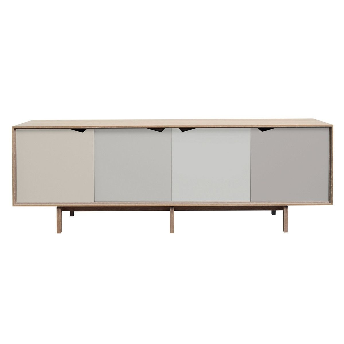 Andersen Furniture – S1 Sideboard, Eiche Geseift/ Türen Doeskin For Recent Iron Sideboards (#2 of 20)