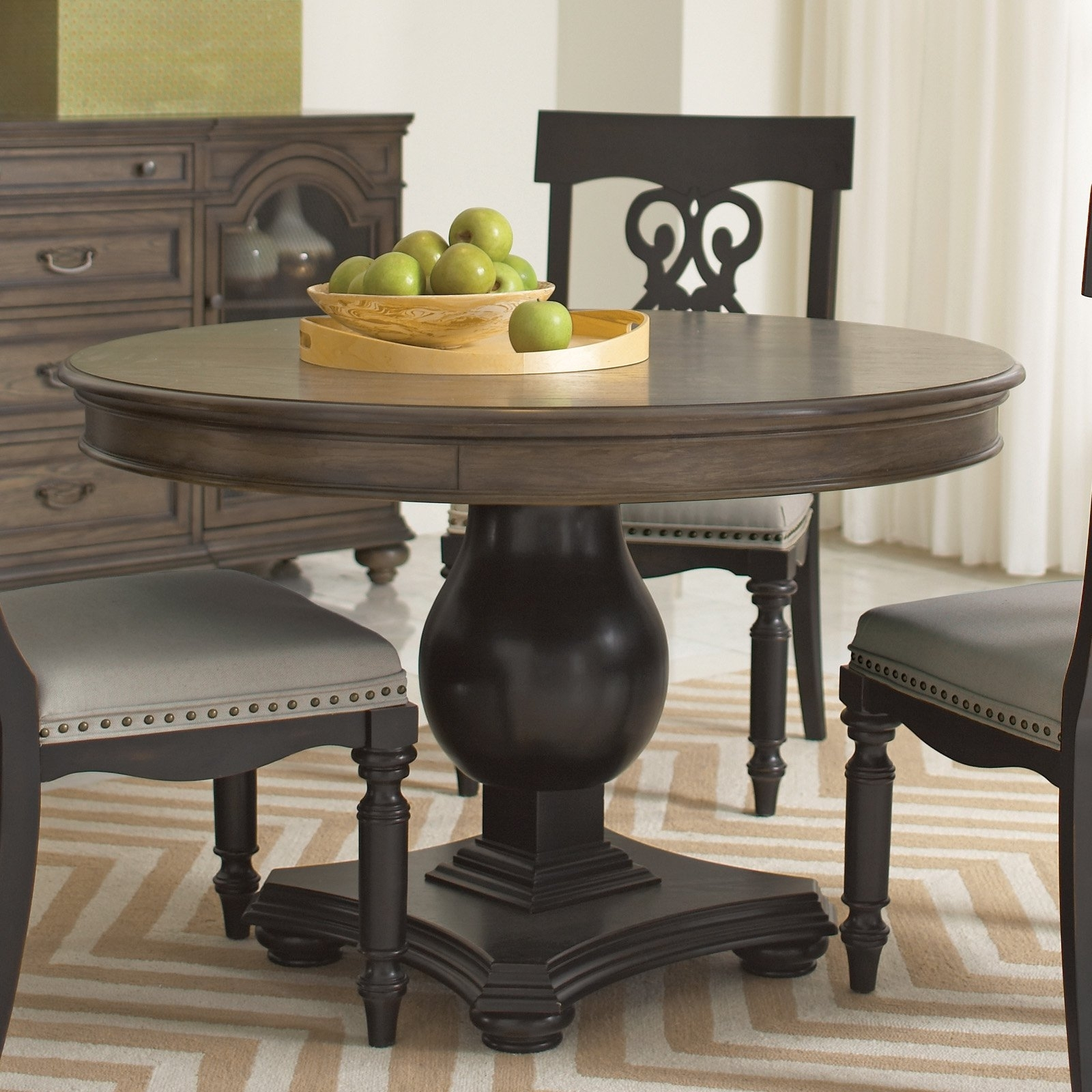 Belmeade Side Chairs Within 2018 Belmeade Round Dining Tableriverside – Lewis Furniture Store (#8 of 20)