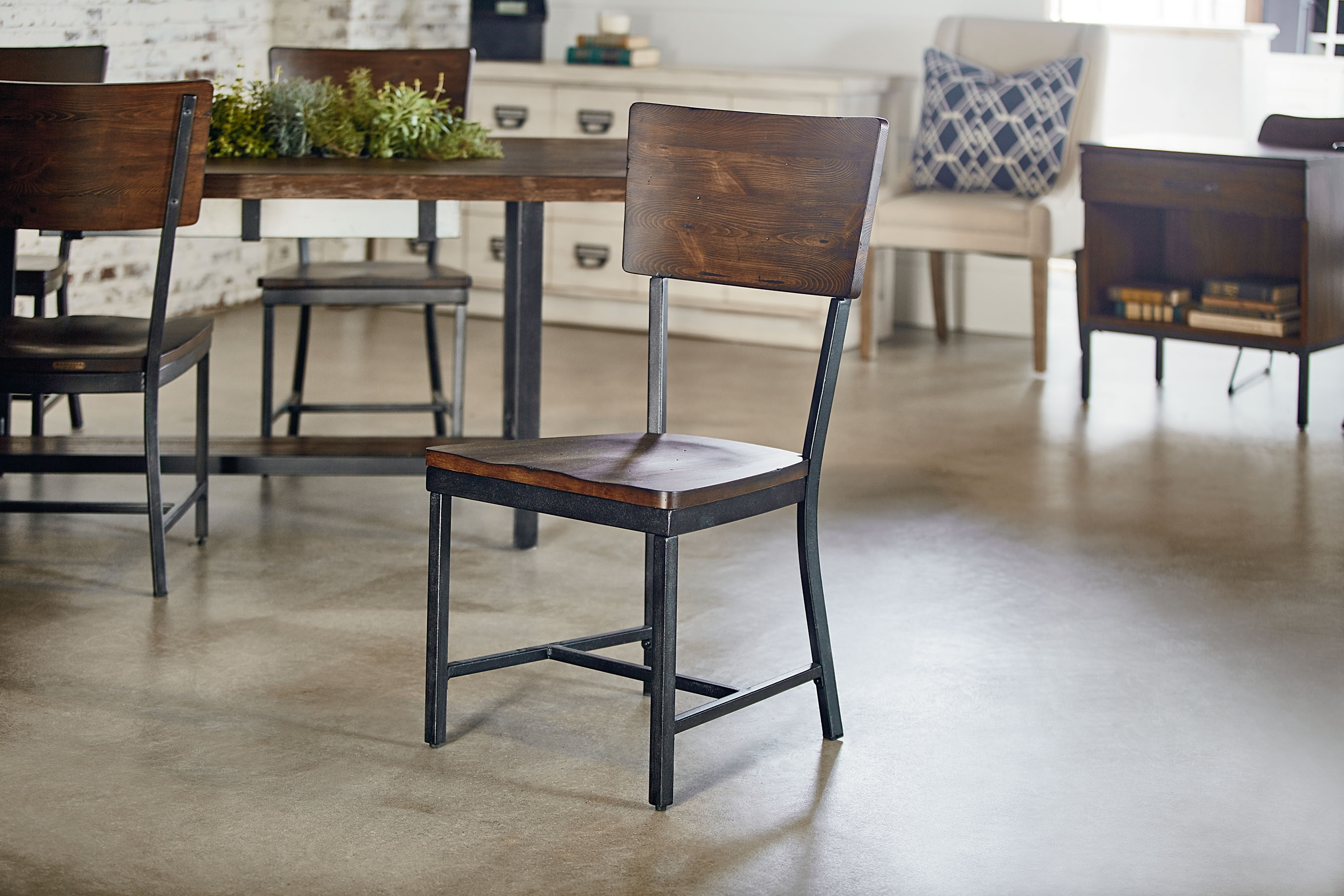 Contour Side Chair – Magnolia Home Throughout Latest Magnolia Home Contour Milk Crate Side Chairs (#3 of 20)