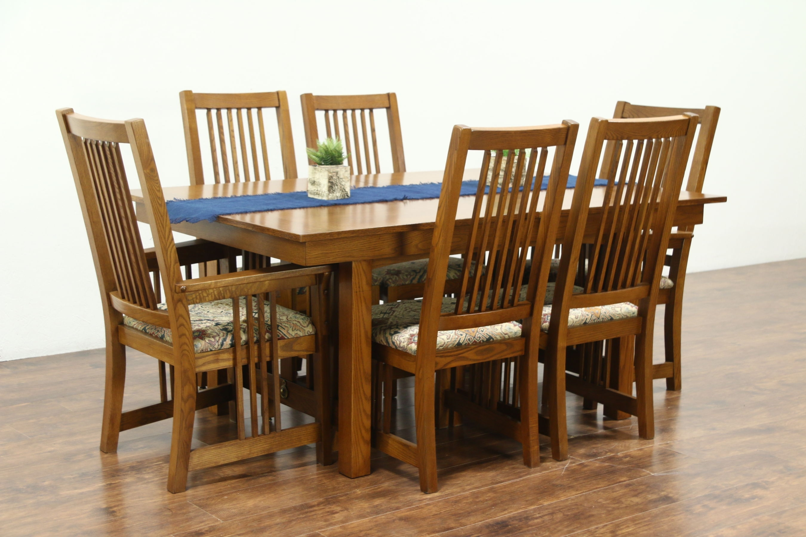 Craftsman Side Chairs Within 2019 Sold – Prairie Or Craftsman Vintage Oak Dining Set, Table, 2 Leaves (#7 of 20)