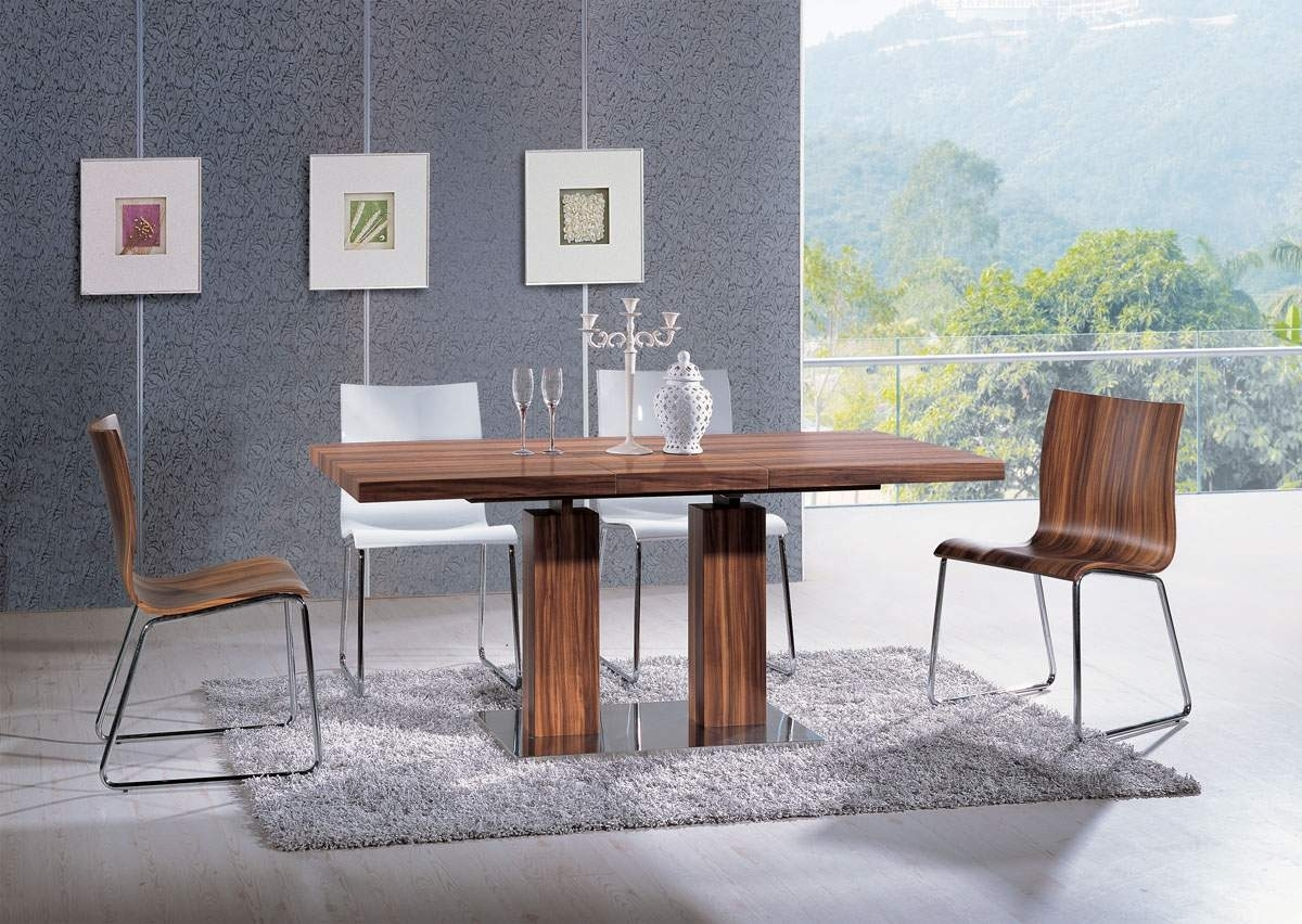Extendable Rectangular Wooden Italian 5 Piece Kitchen Set With Throughout Current Chandler Wood Side Chairs (#12 of 20)