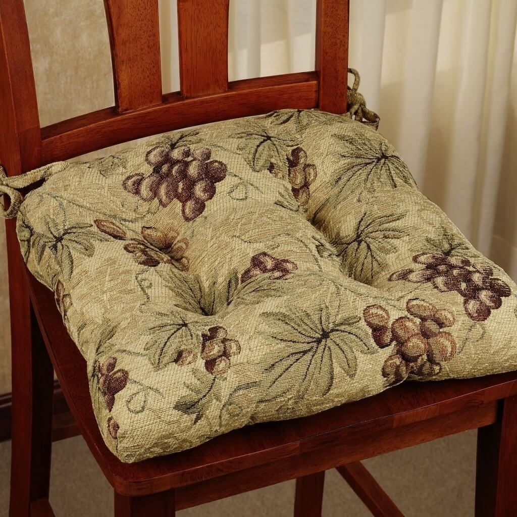 Kitchen: Pinot Grigio Kitchen Chair Cushion With Grape Design Within Best And Newest Pinot Side Chairs (#9 of 20)