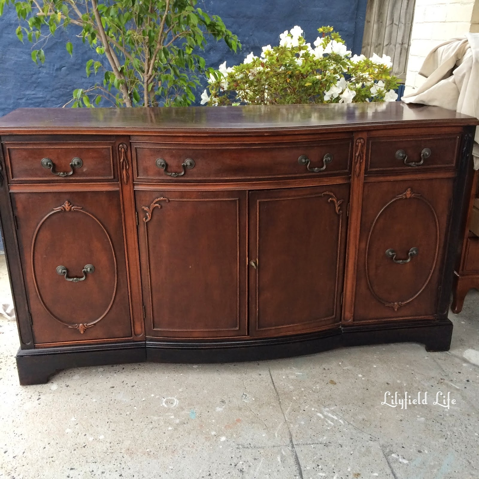 Lilyfield Life: How To Paint Furniture Black Like A Boss Intended For Most Recent Satin Black & Painted White Sideboards (View 18 of 20)