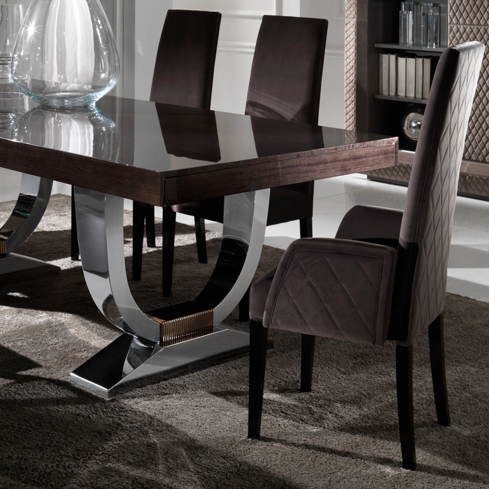 Popular Designer Italian Quilted High Backed Dining Chairs (View 17 of 20)