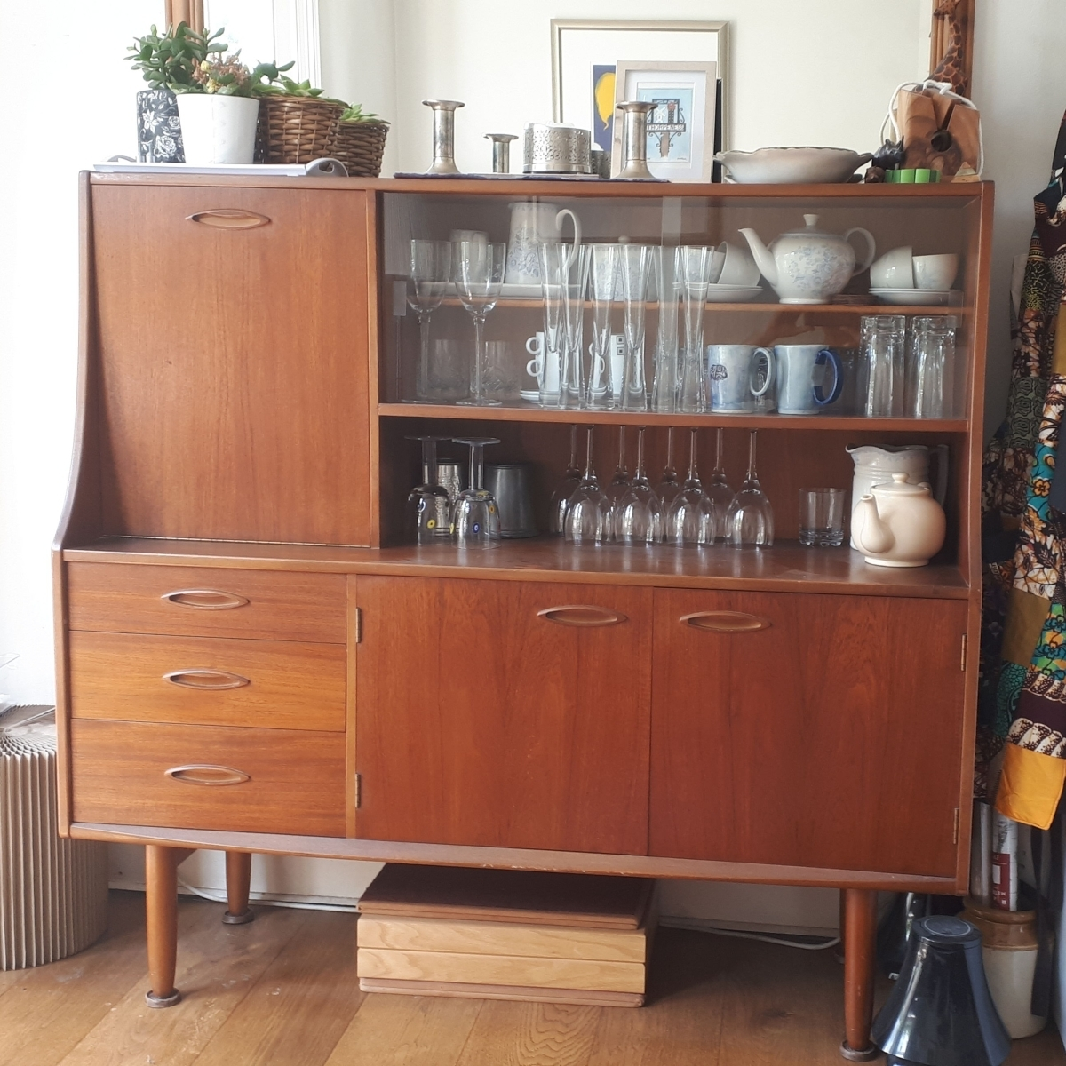Vintage G Plan Highboard Sideboard For Sale – Harringay Online With Regard To Most Popular Vintage 8 Glass Sideboards (View 19 of 20)