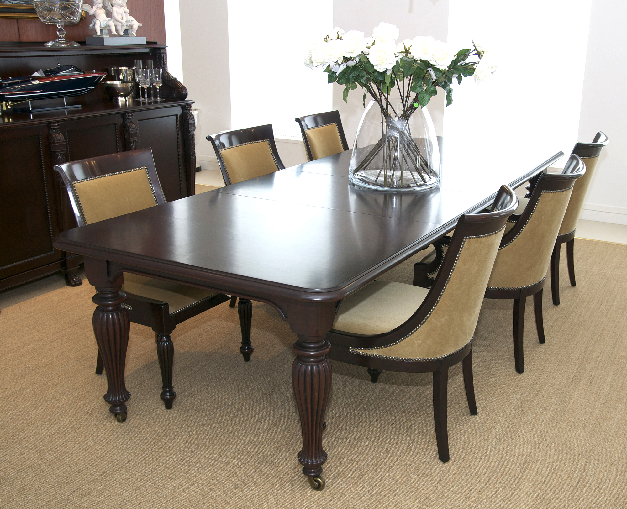 Cincinnati 3 Piece Dining Sets Inside Well Known 3 Modern Refinishing Ideas For Dining Furniture – Tri County (View 7 of 20)