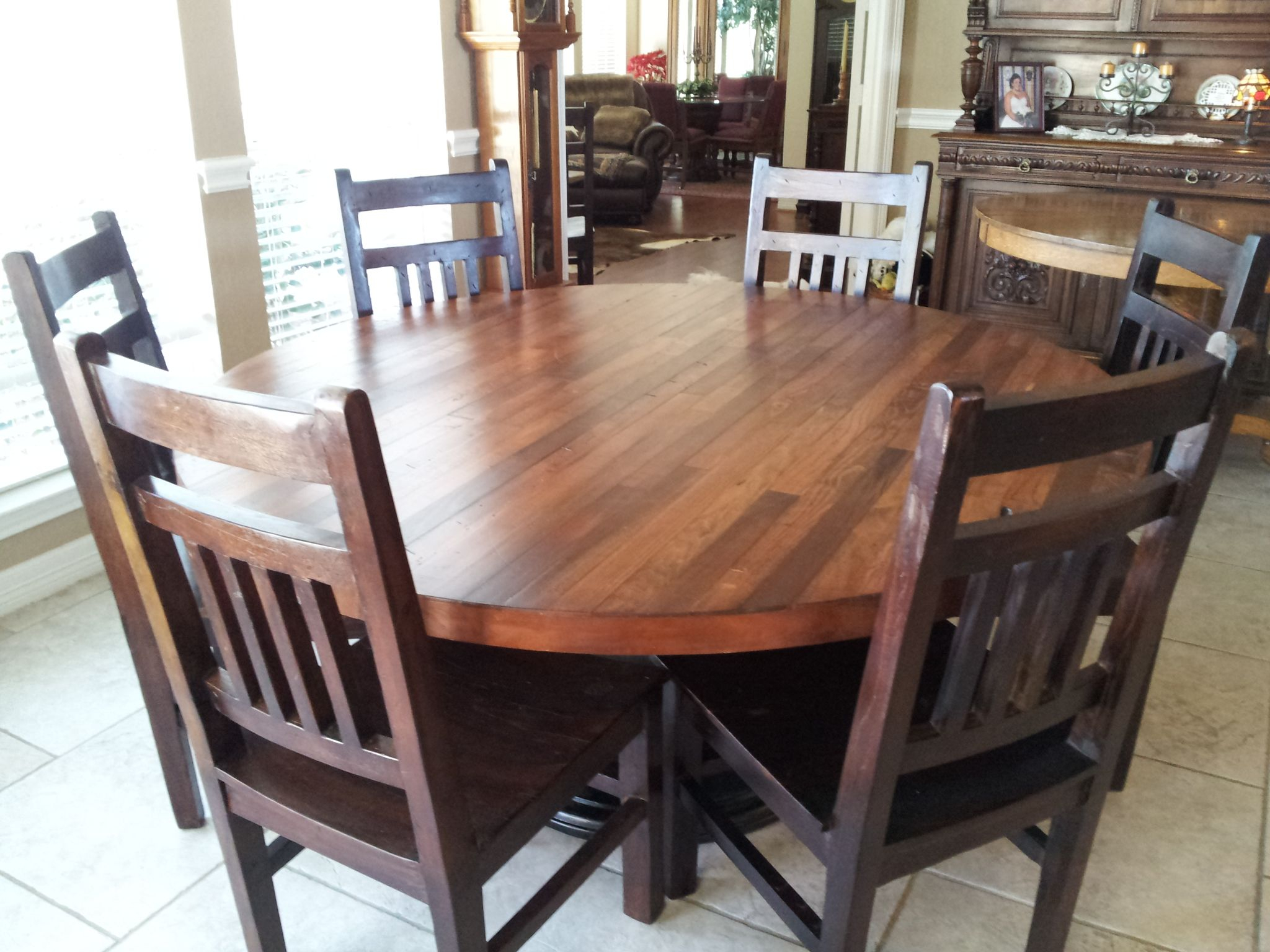 Famous Dining And Kitchen Tables (View 12 of 20)