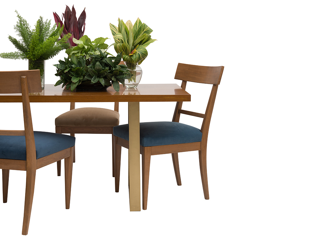 Isolde 3 Piece Dining Sets Intended For Best And Newest Elena Table Regular (#3 of 20)