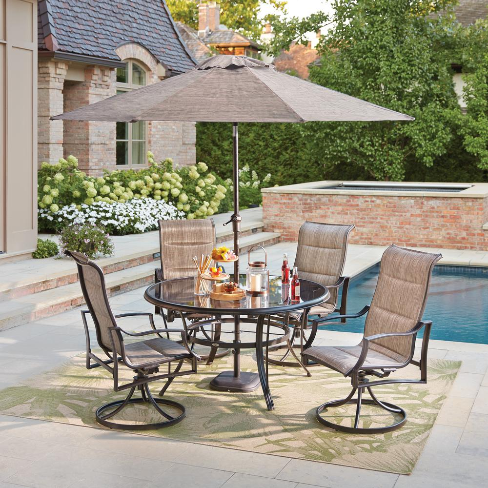 Outdoor Dining (View 13 of 20)