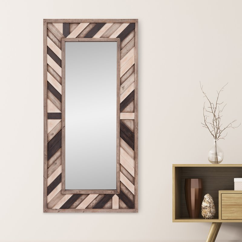 Catalano Rustic Wood Wall Mounted Mirror Pertaining To Polen Traditional Wall Mirrors (View 7 of 20)